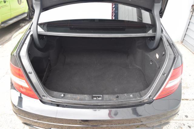 2012 Mercedes-Benz C-Class C300 Luxury Sedan Richmond Hill, New York 4