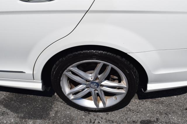 2012 Mercedes-Benz C-Class C300 Sport Sedan Richmond Hill, New York 5
