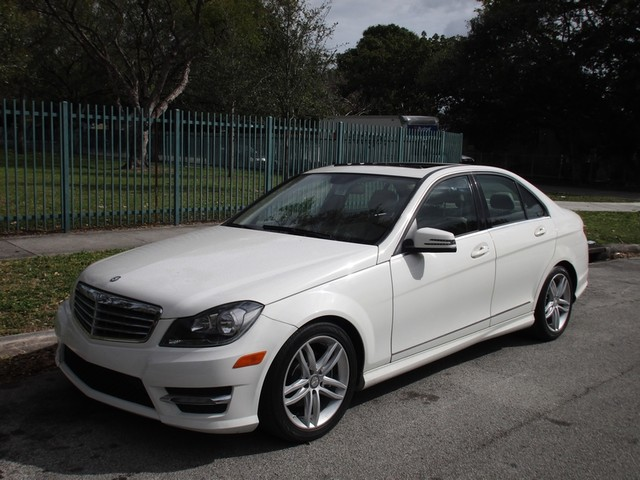 2012 Mercedes C300 Sport Come and visit us at oceanautosalescom for our expanded inventoryThis o
