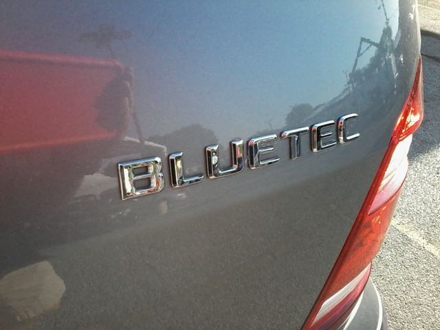 2012 Mercedes-Benz GL 350 BlueTEC San Antonio, Texas 9