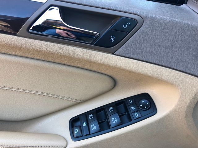 2012 Mercedes-Benz GL 450 4MATIC Leesburg, Virginia 19