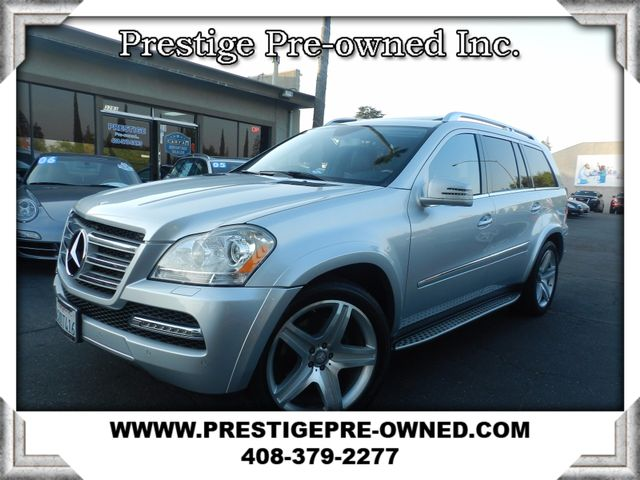 2012 Mercedes GL 550 LOADED 2012 MERCEDES-BENZ GL550 4-MATIC----ALL WHEEL DRIVE -TOP OF TH