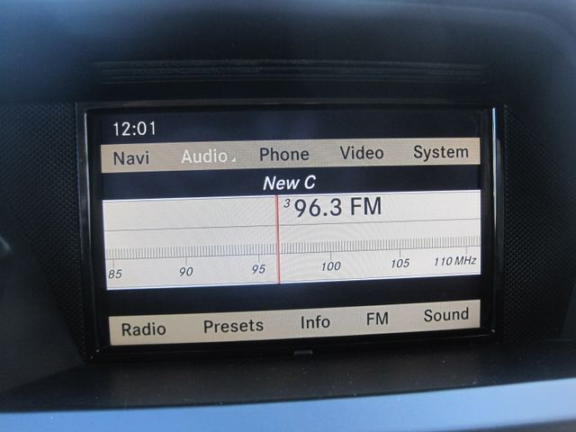 2012 Mercedes-Benz GLK 350 Luxury SUV, Pano. Nav, Super Nice Plano, Texas 23