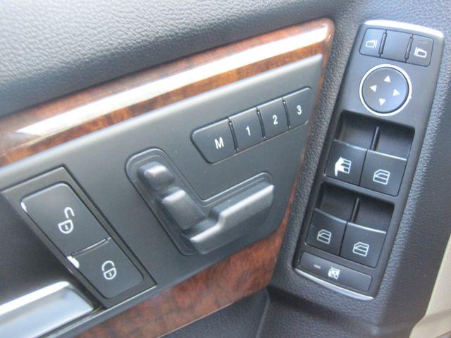 2012 Mercedes-Benz GLK 350 Luxury SUV, Pano. Nav, Super Nice Plano, Texas 29