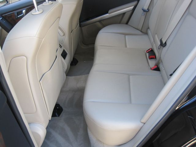 2012 Mercedes-Benz GLK 350 Luxury SUV, Pano. Nav, Super Nice Plano, Texas 14