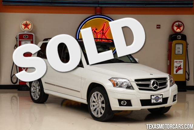 2012 Mercedes GLK350 This Carfax 1-Owner accident free 2012 Mercedes-Benz GLK350 is in great shape