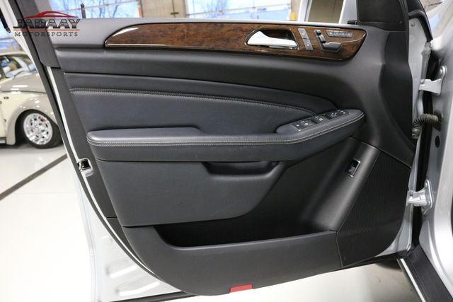 2012 Mercedes-Benz ML 350 BlueTEC Merrillville, Indiana 24