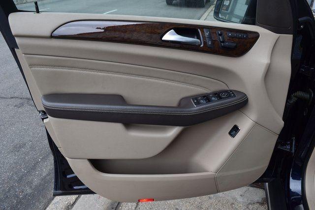 2012 Mercedes-Benz ML 350 ML 350 Richmond Hill, New York 27