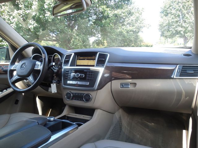 2012 Mercedes-Benz ML350 4MATIC Leesburg, Virginia 17