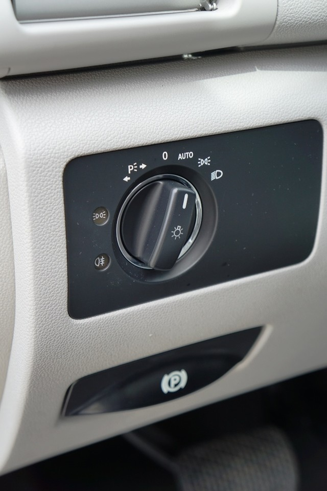 2012 Mercedes-Benz R350 Burbank, CA 24