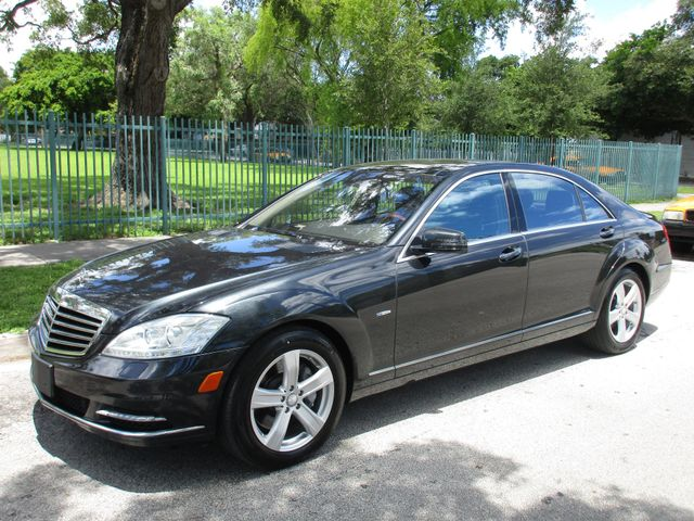 2012 Mercedes S 550 Come and visit us at oceanautosalescom for our expanded inventoryThis offer