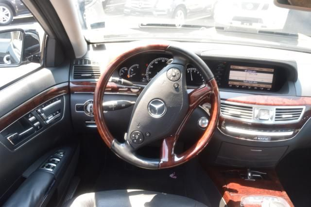 2012 Mercedes-Benz S 550 S550 4MATIC Sedan Richmond Hill, New York 10