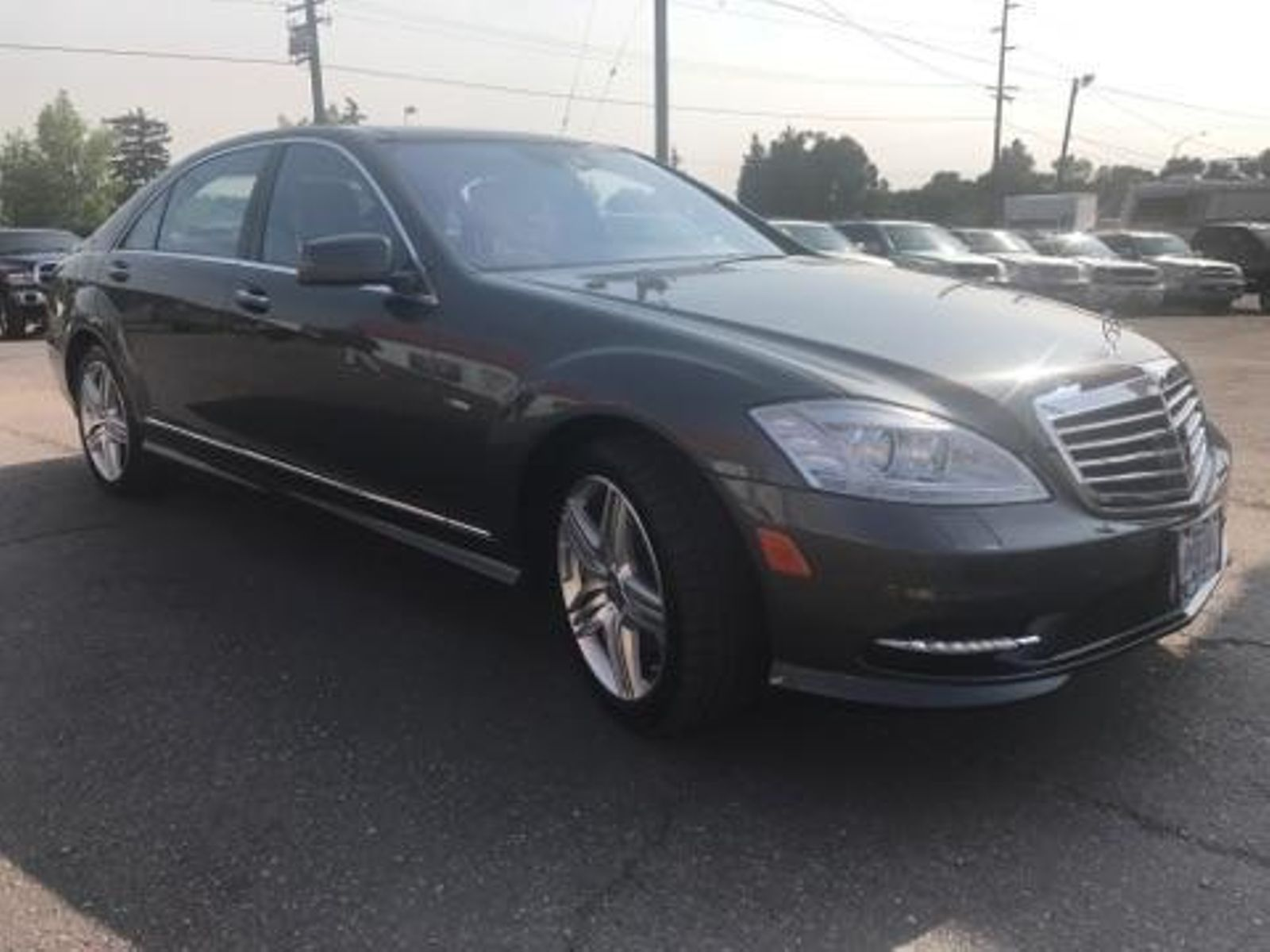 great loaded runs fully mercedes s luxury and benz much class more clean extra detail used