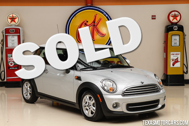 2012 MINI Hardtop This Carfax 1-Owner 2012 Mini Hardtop is in great shape with only 123 693 miles