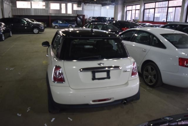 2012 Mini Hardtop 2dr Cpe Richmond Hill, New York 3