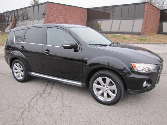 2012 Mitsubishi Outlander Limited St. Louis, Missouri 0