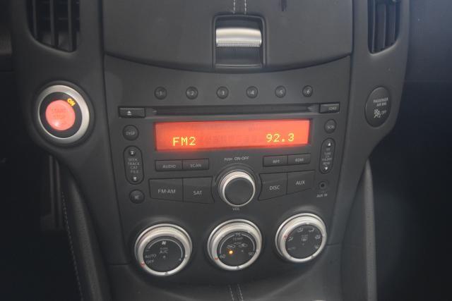 2012 Nissan 370Z Touring Richmond Hill, New York 10