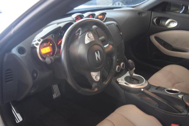 2012 Nissan 370Z Touring Richmond Hill, New York 7