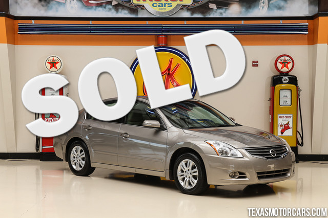 2012 Nissan Altima 25 SL This 2012 Nissan Altima 25 SL is in great shape with only 67 884 miles