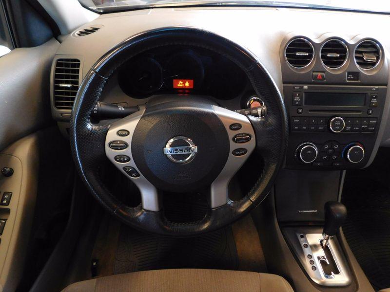2012 Nissan Altima 25 S  city TN  Doug Justus Auto Center Inc  in Airport Motor Mile ( Metro Knoxville ), TN