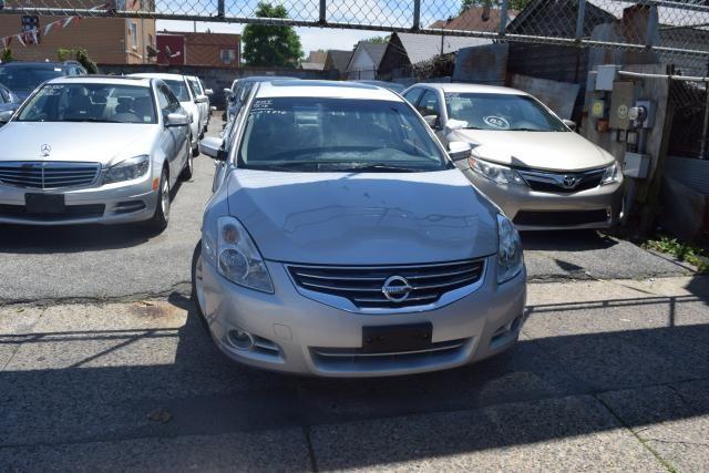 2012 Nissan Altima 3.5 SR Richmond Hill, New York 2