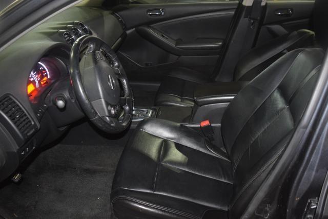 2012 Nissan Altima 2.5 SL Richmond Hill, New York 11