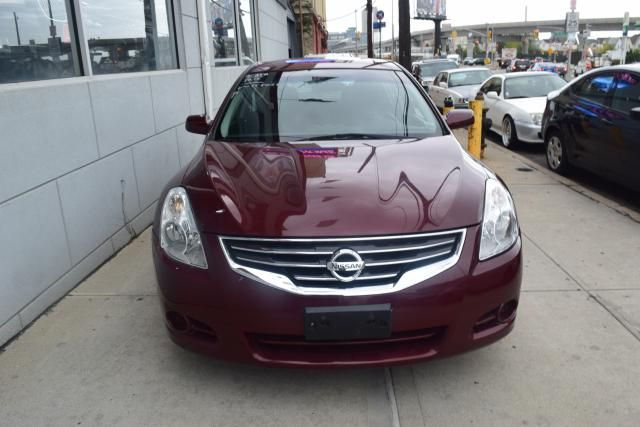 2012 Nissan Altima 2.5 S Richmond Hill, New York 2