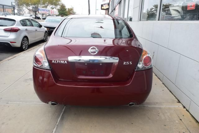 2012 Nissan Altima 2.5 S Richmond Hill, New York 5