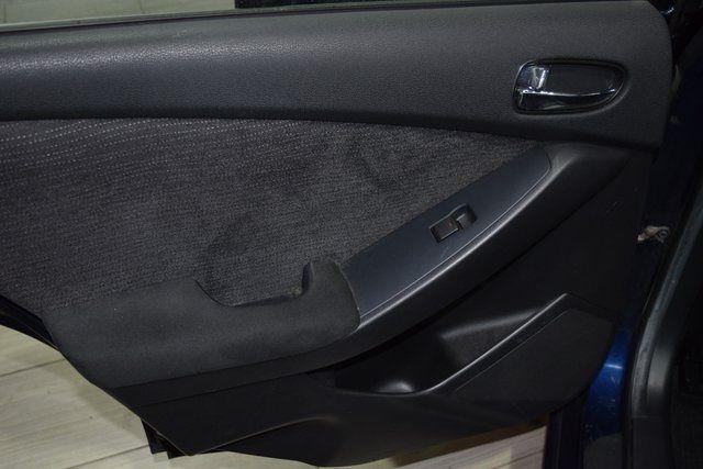 2012 Nissan Altima 2.5 S Richmond Hill, New York 9