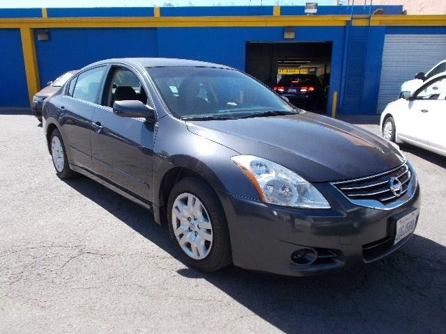 2012 NISSAN ALTIMA BASE Limited warranty included to assure your worry-free purchase AutoCheck re