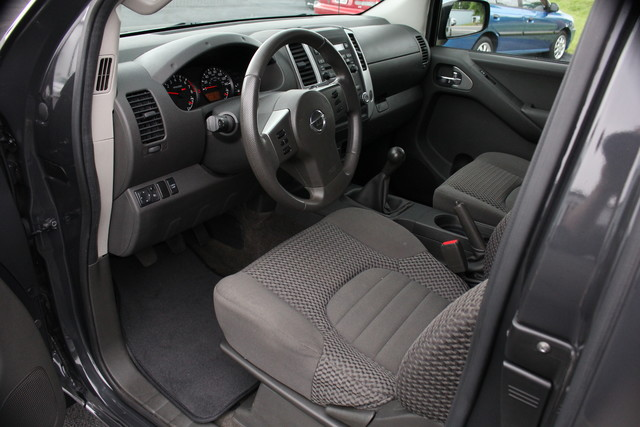 2012 Nissan Frontier SV Mooresville , NC 9