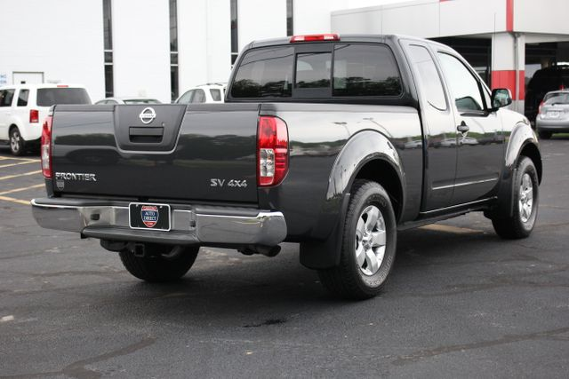 2012 Nissan Frontier SV 4X4 Mooresville , NC 4