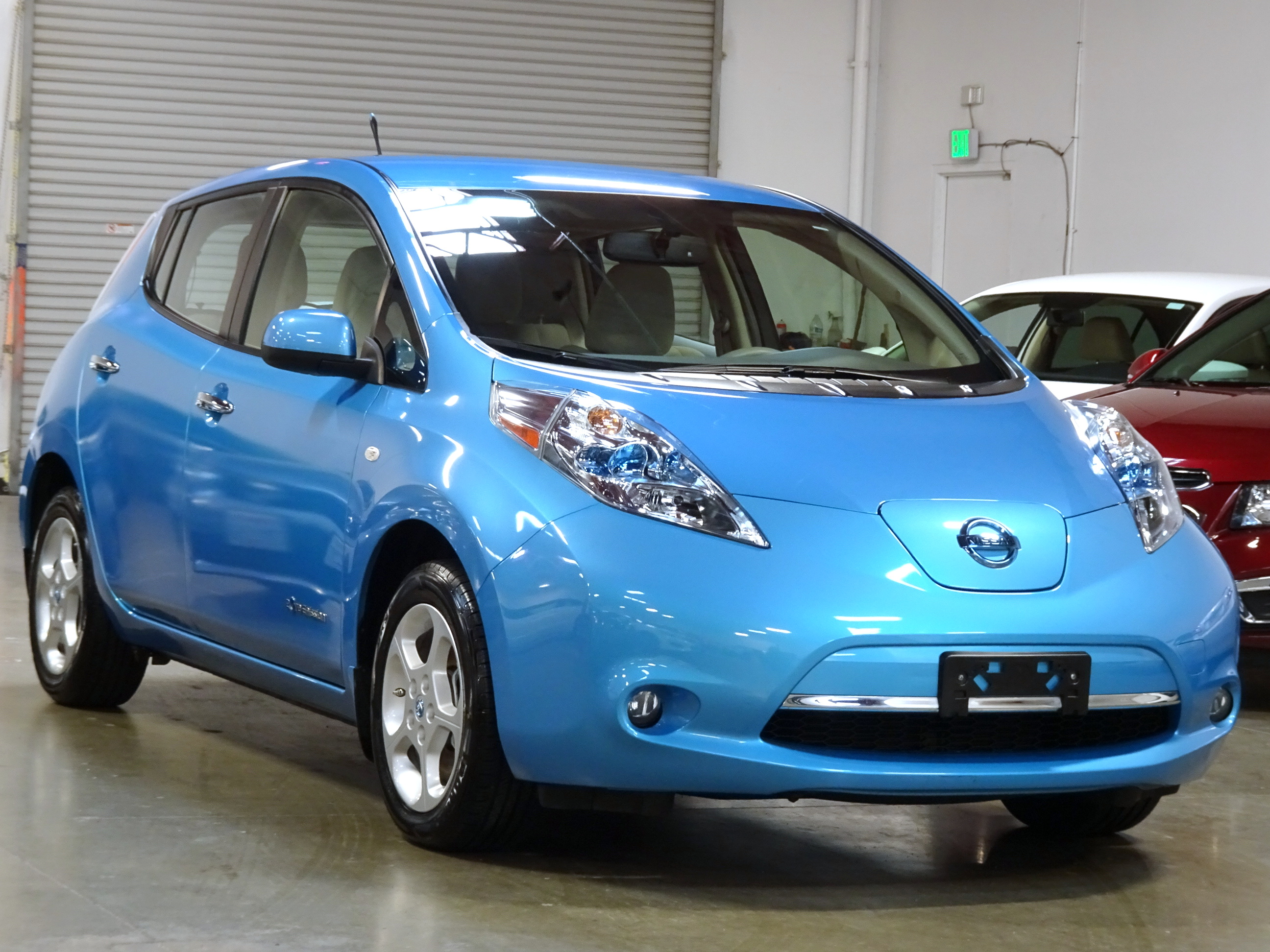 2012 nissan leaf sl navigation new tires warranty quick 2012 nissan leaf sl navigation new tires warranty quick charge port in vanachro Choice Image
