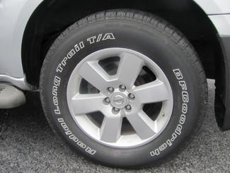 2012 Nissan Pathfinder SV Dickson, Tennessee 5
