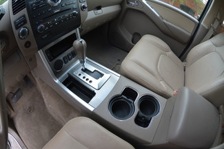 2012 Nissan Pathfinder Silver Edition Memphis, Tennessee 17