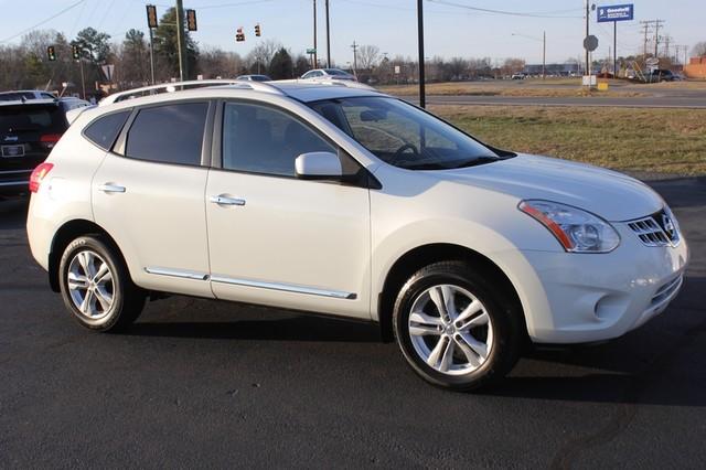 2012 Nissan Rogue SV AWD - PREMIUM PKG - NAVIGATION - SUNROOF! Mooresville , NC 19