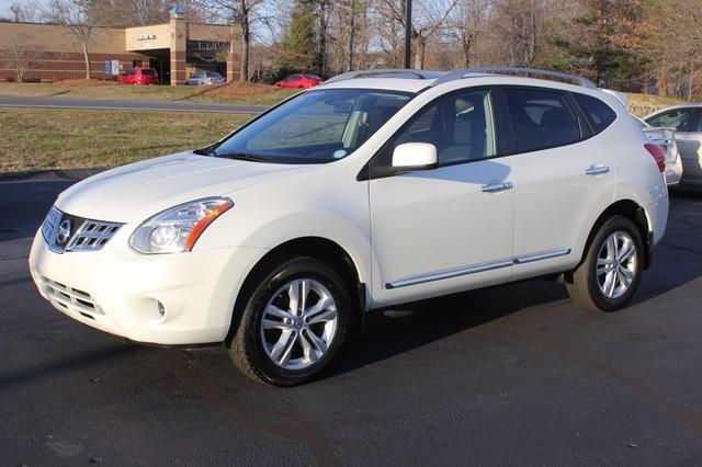 2012 Nissan Rogue SV AWD - PREMIUM PKG - NAVIGATION - SUNROOF! Mooresville , NC 20