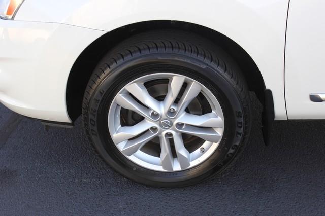 2012 Nissan Rogue SV AWD - PREMIUM PKG - NAVIGATION - SUNROOF! Mooresville , NC 39