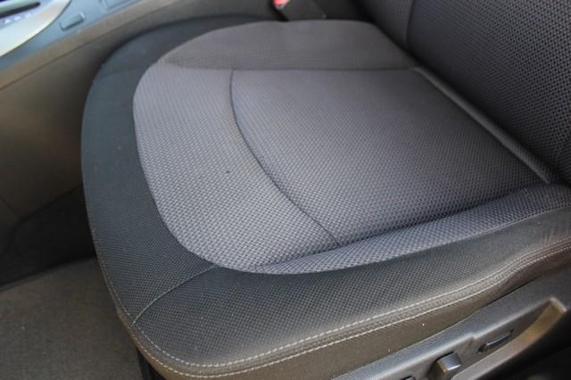 2012 Nissan Rogue SV AWD - PREMIUM PKG - NAVIGATION - SUNROOF! Mooresville , NC 51