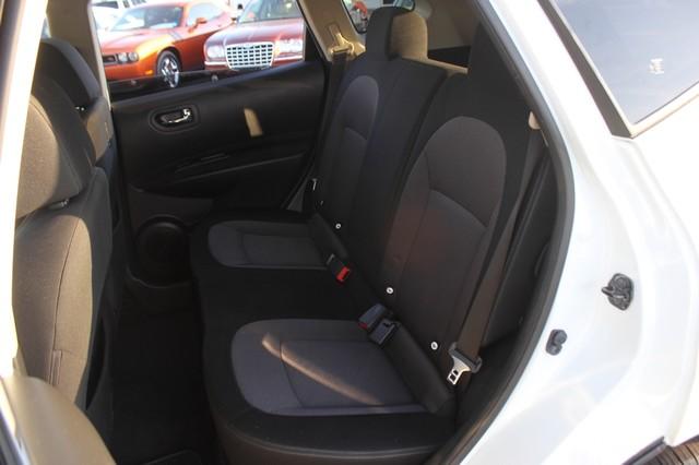 2012 Nissan Rogue SV AWD - PREMIUM PKG - NAVIGATION - SUNROOF! Mooresville , NC 10