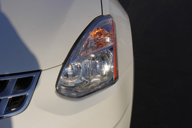 2012 Nissan Rogue SV AWD - PREMIUM PKG - NAVIGATION - SUNROOF! Mooresville , NC 31