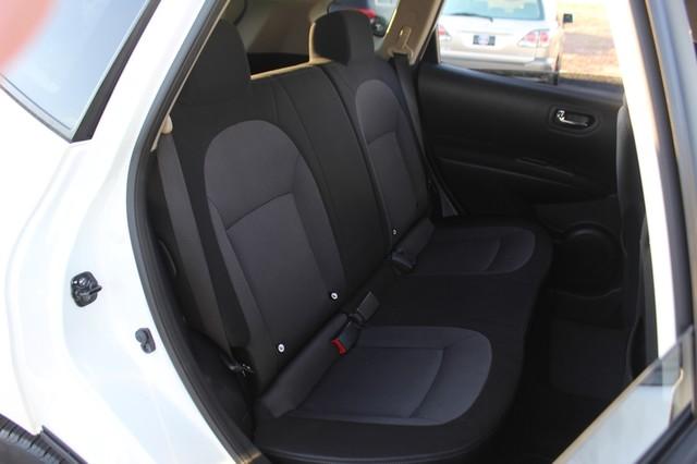 2012 Nissan Rogue SV AWD - PREMIUM PKG - NAVIGATION - SUNROOF! Mooresville , NC 12