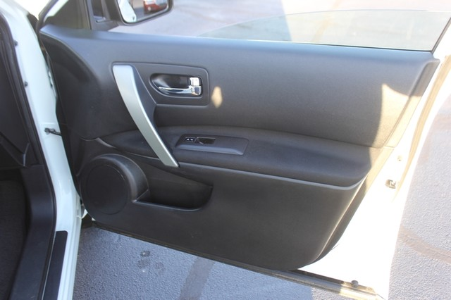 2012 Nissan Rogue SV AWD - PREMIUM PKG - NAVIGATION - SUNROOF! Mooresville , NC 60