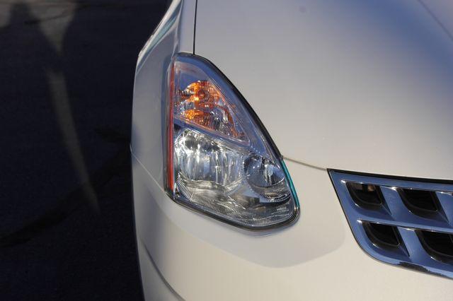 2012 Nissan Rogue SV AWD - PREMIUM PKG - NAVIGATION - SUNROOF! Mooresville , NC 32