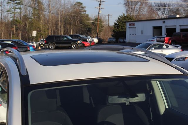 2012 Nissan Rogue SV AWD - PREMIUM PKG - NAVIGATION - SUNROOF! Mooresville , NC 35
