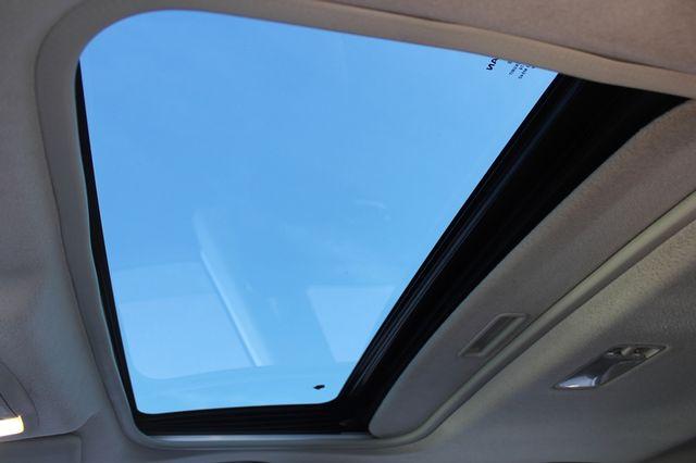2012 Nissan Rogue SV AWD - PREMIUM PKG - NAVIGATION - SUNROOF! Mooresville , NC 3