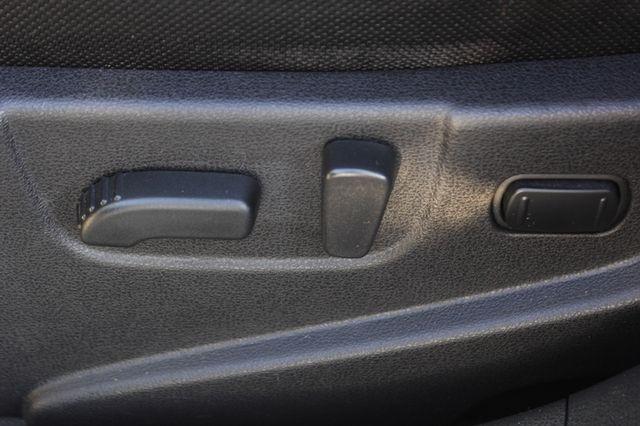 2012 Nissan Rogue SV AWD - PREMIUM PKG - NAVIGATION - SUNROOF! Mooresville , NC 52