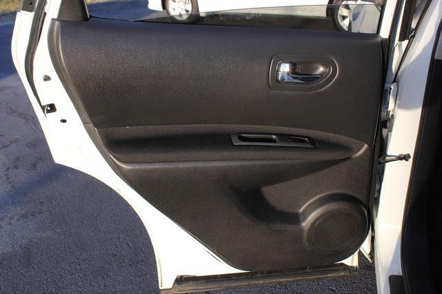 2012 Nissan Rogue SV AWD - PREMIUM PKG - NAVIGATION - SUNROOF! Mooresville , NC 63