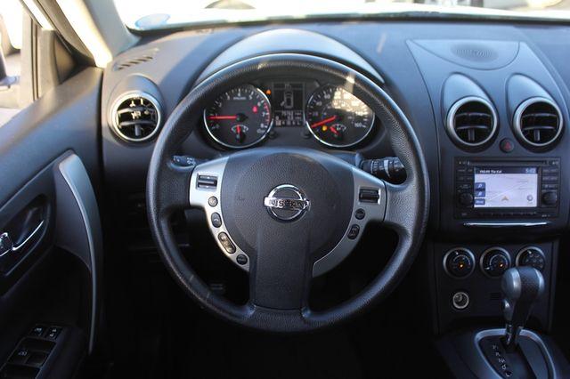 2012 Nissan Rogue SV AWD - PREMIUM PKG - NAVIGATION - SUNROOF! Mooresville , NC 4