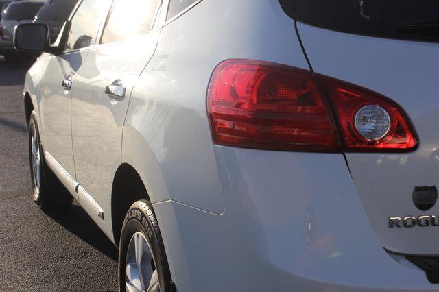 2012 Nissan Rogue SV AWD - PREMIUM PKG - NAVIGATION - SUNROOF! Mooresville , NC 30